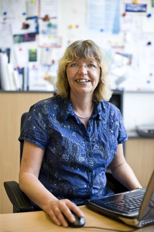 Prof. Dr. Claudia Wickleder